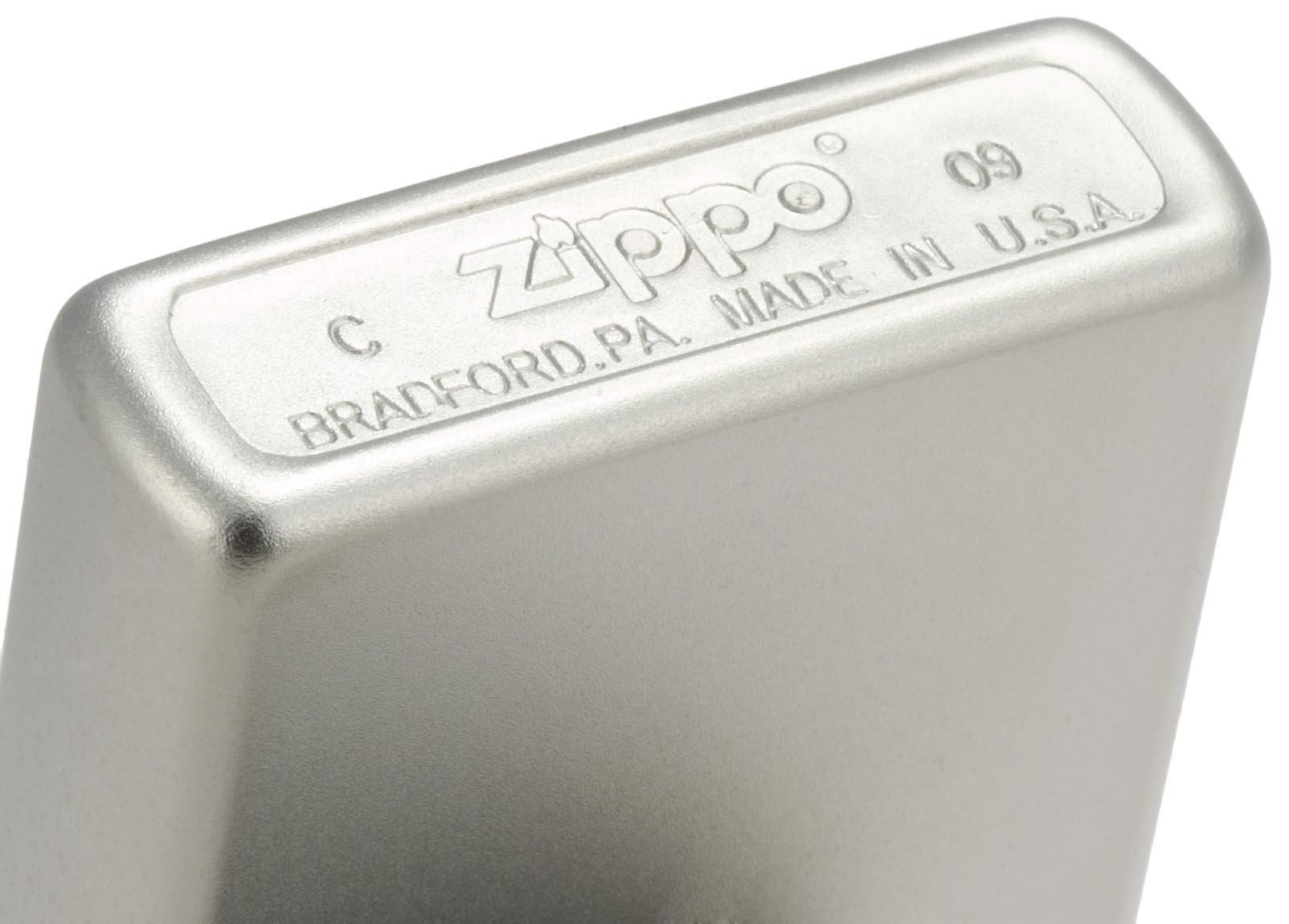Zippo-24025-2.jpg